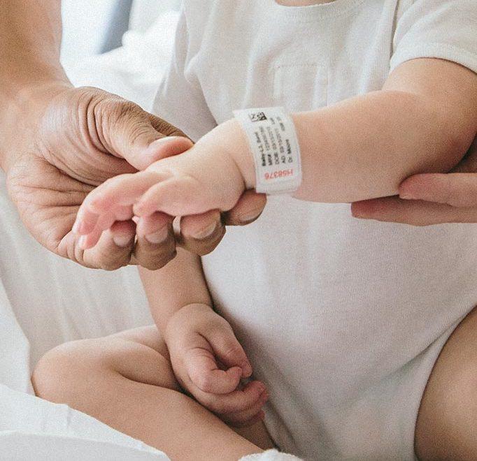 Bracelets d'identification conçus pour le domaine hospitalier
